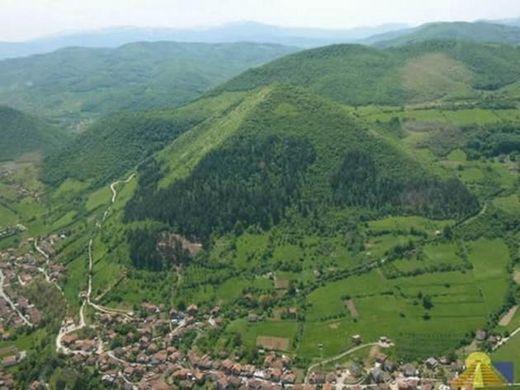 pirámides Bosnia