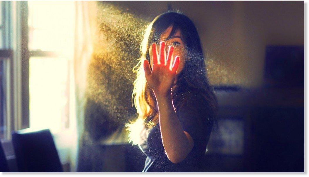 Resultado de imagen de El ser humano emite luz, y esa luz nos dice muchas cosas