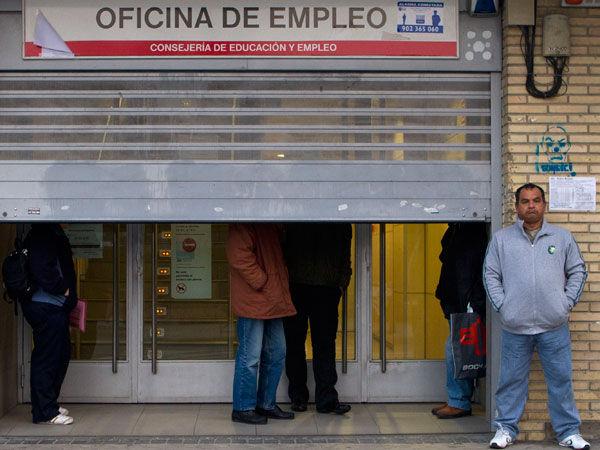 El desempleo rompe todos los r cords en europa uno de for Oficina de desempleo