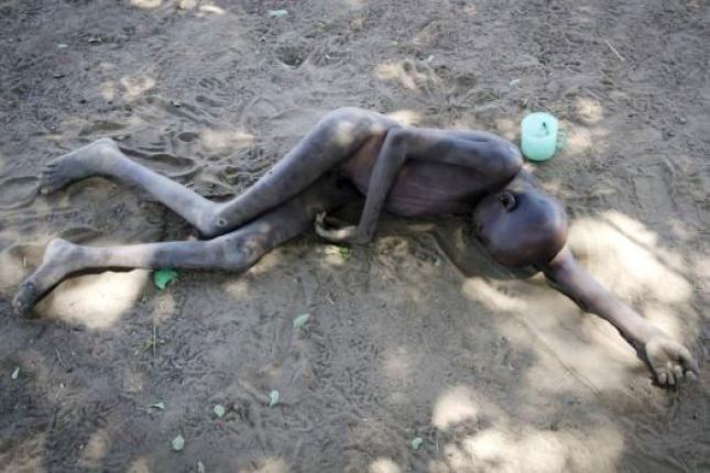 Una misteriosa enfermedad mata a 200 niños y mantiene en jaque a Uganda 2012_3_14_PHOTO_ba70d0ebf90345