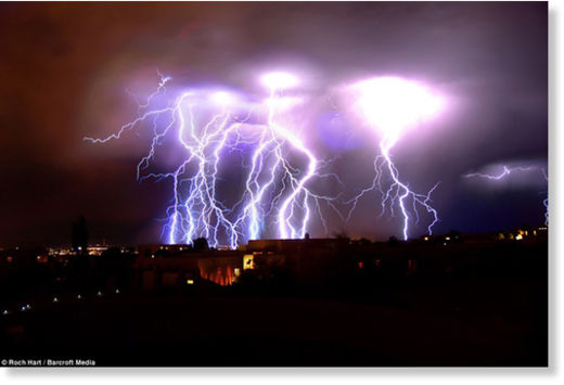 Una fuerte carga eléctrica espantó a los habitantes de Nuevo México Rayos_Nuevo_M_xico3