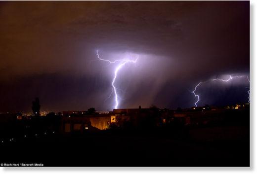 Una fuerte carga eléctrica espantó a los habitantes de Nuevo México Rayos_Nuevo_M_xico5