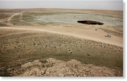 agujero en desierto de Karakum6
