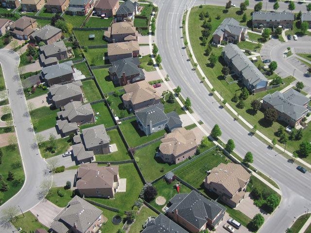 Pobreza En Suburbios De Ee Uu Aument 243 64 En Diez A 241 Os El Ni 241 O De La Sociedad Sott Net