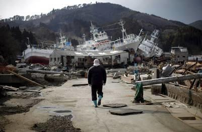 CHERNOBYL Y FUKUSHIMA Puerto_devastado_tsunami_Japon