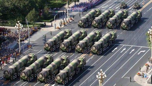 ¿Alerta a Trump?: China envía misiles nucleares a frontera rusa