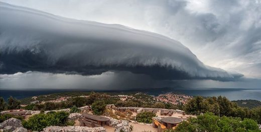 shelf cloud over the island of Losinj, Croatia
