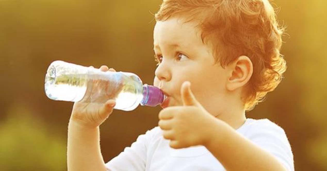 C mo la deshidrataci n afecta su funci n cerebral salud - Agua para beber ...