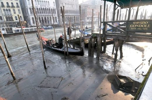 Marea baja en Venecia.