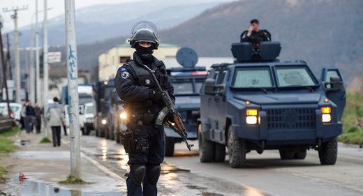 policía Kosovo