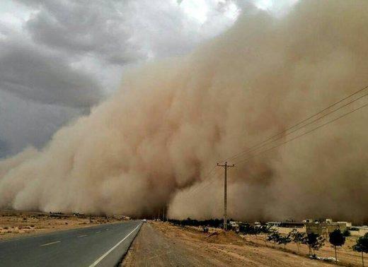 Tormenta de arena en Yazd, Irán. a través de Instragram
