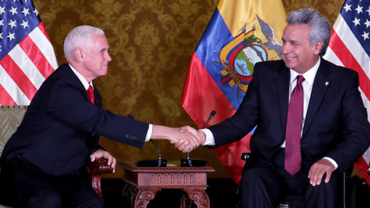 Lenín Moreno y Mike Pence