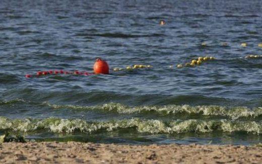 Polonia cierra playas por bacteria