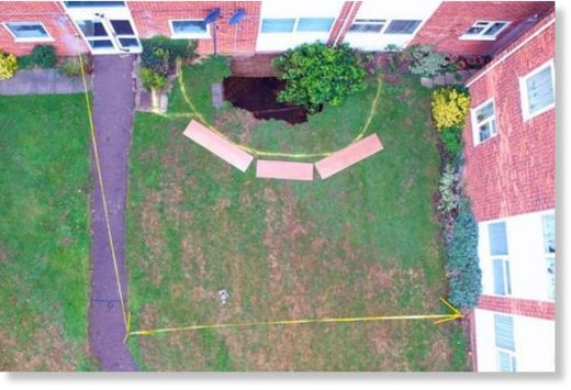 Sinkhole forces residents out of block of flats in St Albans