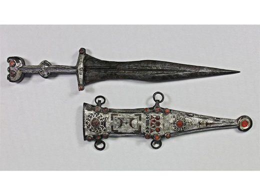 roman dagger sheath
