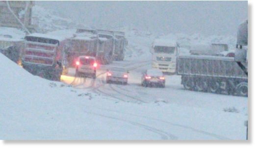 Heavy snowfall landed overnight on stretches of the Ronda to San Pedro section of the A-397
