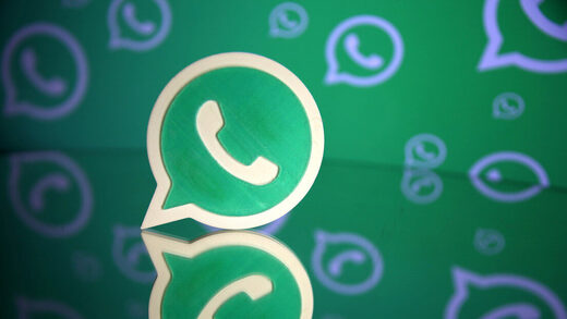 Facebook,WhatsApp,'ultimátum'