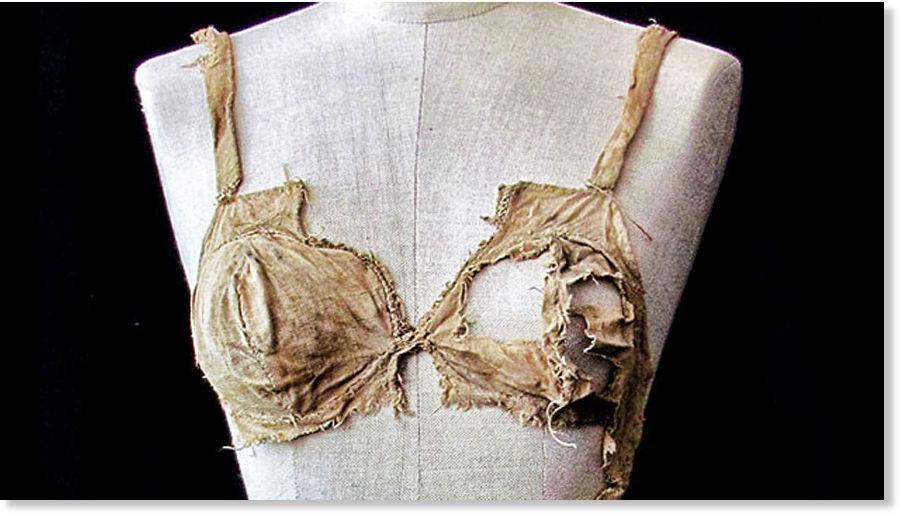 fda39167e2b8 Encuentran ropa interior con 600 años de antigüedad en castillo ...