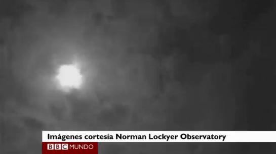 """Filman un meteoro como una """"bola de fuego"""" en el cielo ..."""